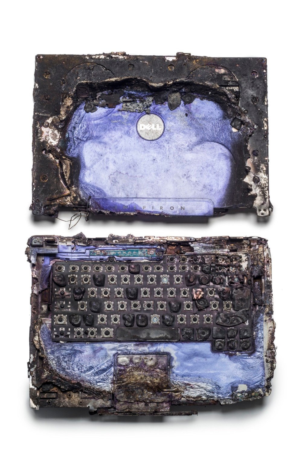 4a.-Laptop-recovered-from-Glasgow-Airport-Terrorist-Attack-c-Museum-of-London.jpg